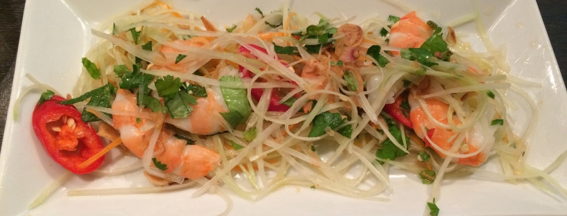 green-papaya-salad-with-prawn